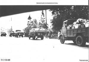 Convoi de cercueils après le bombardements de Sochaux. (source : Archives municipales de Montbéliard)