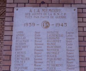 Plaque en mémoire des agents SNCF de Belfort tués durant la seconde guerre mondiale. Albert Bischoff.