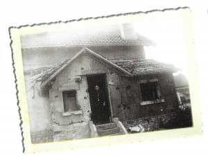 Bombardement allemand sur les cités-jardins du quartier Bellevue de Belfort le 14 juin 1940. Trois morts. (Coll privée René Grillon)