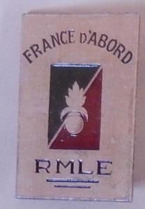 Insigne du Régiment De Marche de la Légion Etrangère (Coll. privée : Jocelyn Cametti)