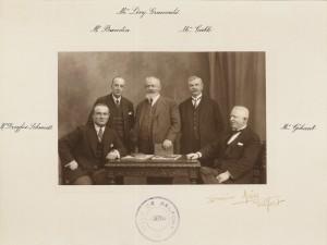 Le maire et ses 4 adjoints élus en 1929. Pierre Dreyfus-Schmidt est assis à gauche; (Sources : Archives municipales de Belfort)