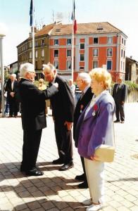 Paul Kiffel et René Grandvoinet en 2005 au moment de la remise de la légion d'honneur. (source : René Sachet)