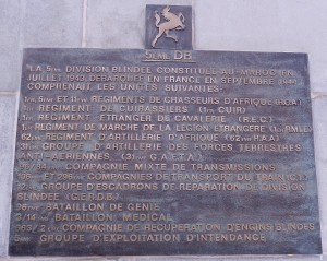 Plaque commémorative sur le monument d'Arcey (photo : R. Bernat)